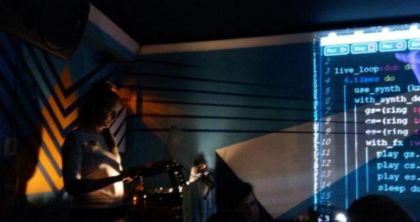 algorave en la imperdible 4